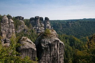 elbe-sandstone-mountains-520774_1280